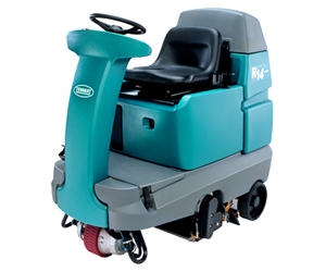 R14 Ride-On Carpet Extractor